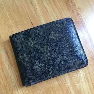 Lv wallet 銀包 100real