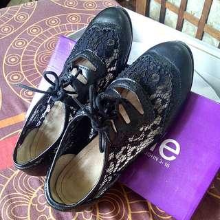Ledonne Korean Black Lace Shoes Size 6