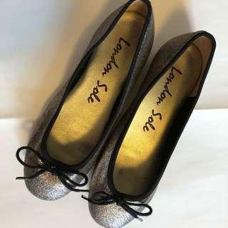 95% new: 🧚🏻♀️London Sole Ballet Flats