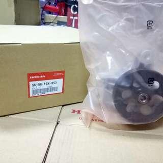 Old School Honda Odyssey Power Steering Pump                          Model:RA6