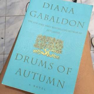 Drums of Autumn by Diana Gabaldon (Outlander Series) Delta Trade Paperback Edition