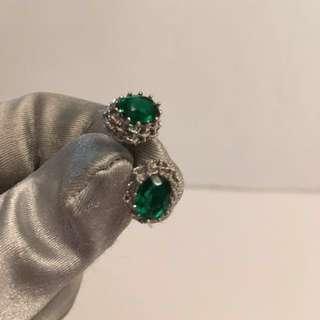 Vintage emerald silver earrings