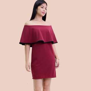 Outlined maroon magic dress
