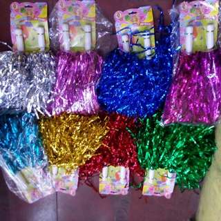 cheerleader pompoms pom poms