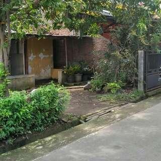 Jual Tanah 243 m,  SHM,  Lokasi Strategis,  Daerah Banjarsari,  Solo