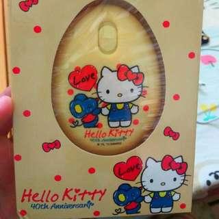 100%全新 40週年Hello Kitty電子䁔手蛋