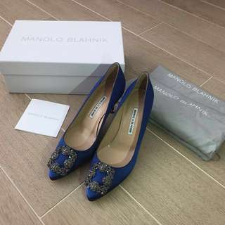 Manolo Blahnik Hangisi 70mm Pumps sizes 39 or 35 (IT)