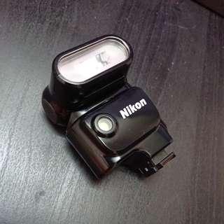 Nikon V1相機的閃燈