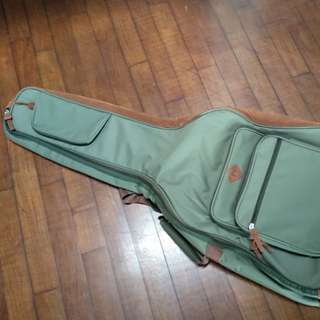 BNIB Accousitic guitar case