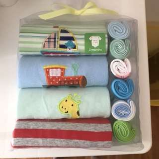 Baby romper and wash cloth set 3 months