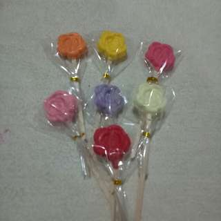 Roses Chocolate Lollipops