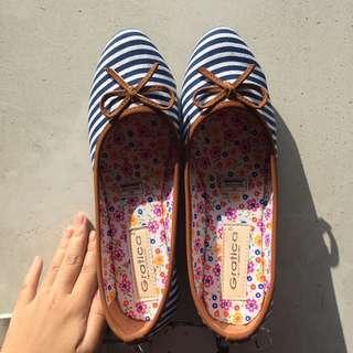 Sepatu Gratica