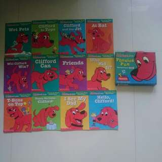 Set of 12 preloved Scholastic Phonics Reading Programme Books