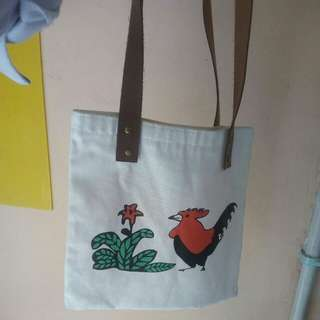 Dijual tas ukuran 30x30 dijual karena salah beli tas buat cewe minta wa:0896-8019-4406 cod daerah pamulang 45000 nett
