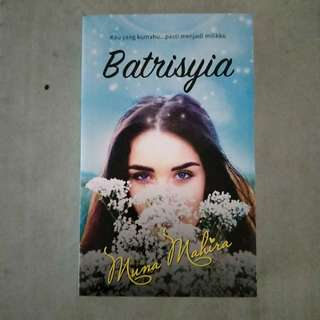 Malay Novel (Batrisyia)