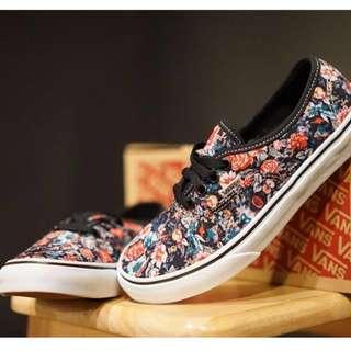 NEW!! vans authentic multi floral