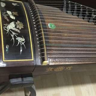Dunhuang Guzheng