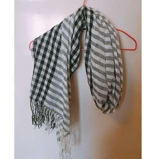 ($100/3樣任簡) 黑色格仔 拼 灰間條 頸巾