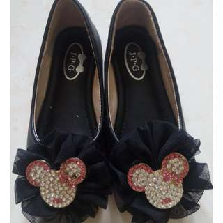 Kid Shoe Minnie Mouse Size=26 Length=17cm RM55 Original Retail 79.90. COD Serdang, Call to Deal Only.