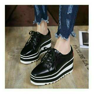 Wadges booth black