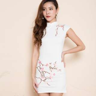 LBR Vannah White Cheongsam with Pink Floral