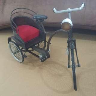 Tricycl/trishaw miniature antique