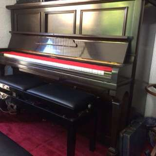 Upright piano perfect cond