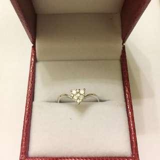 Diamond ❤️ Ring. 18KWG. D6-0.26ct. Size 12 half. Brand New. 🌹Great Valentine Gift!❤️