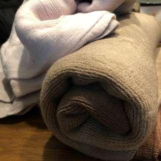 New winter scarf tebal hangat bagus halus warna gradasi pink- abu dan coklat tua ke muda.bahan bagus dan halus