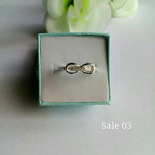 Authentic 92.5 Italy silver infinity ring
