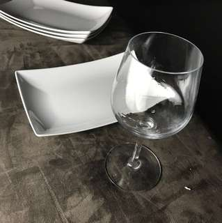 2 Large Wine Glasses