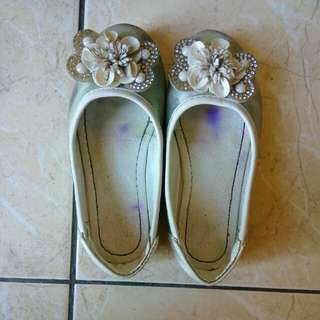 Free shoes 29 size