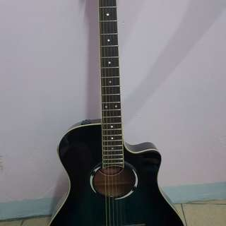 Yamaha  4.6 out of 5 stars  58Reviews  Yamaha APX500II Thinline Cutaway Acoustic-Electric Guitar