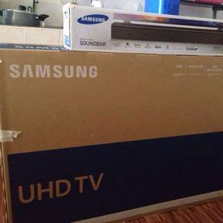55 inch UHD Samsung Smart TV with Soundbar