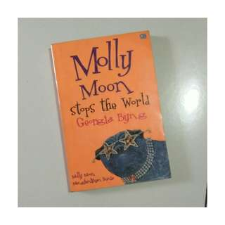 Novel Molly Moon Stops the World