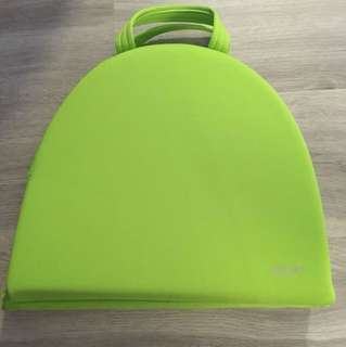 Foldable bath kneeler pad (Giggle)