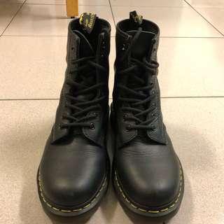 八孔馬汀靴 二手8成新