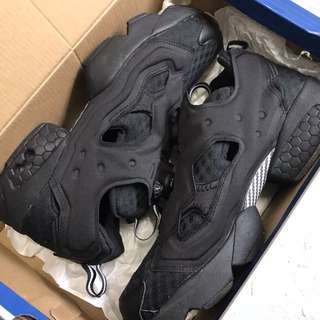 Instap Pump fury OG CC all black Reebok