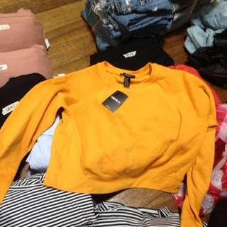 Forever 21 cropped sweatshirt (mustard)