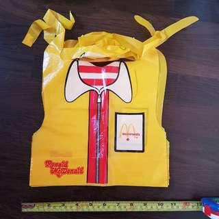 Ronald McDonald 兒童口水肩