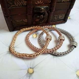 🆕️3PCS Stretchy Chain Bangle/Bracelets