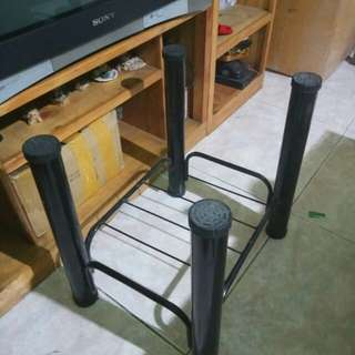 Center table stand