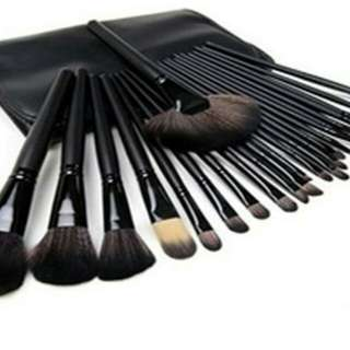 SALE!!!!! 24 PCS MAKEUP BRUSH SET