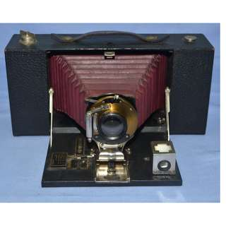 ANTIQUE KODAK NO.3A FOLDING BROWNIE CAMERA