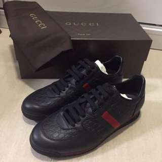Gucci black Leather sneaker with Web