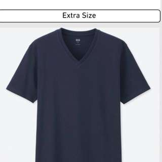 BNIP Uniqlo V-neck short sleeve t-shirt. navy..