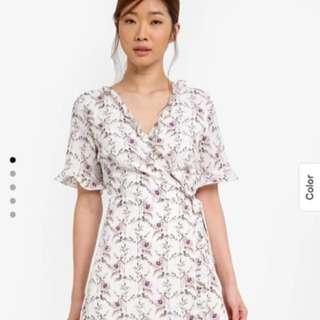 SOMETHING BORROWED FLORAL WRAP DRESS