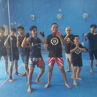 MMA Group Training