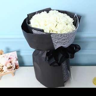 Valentine 19 roses