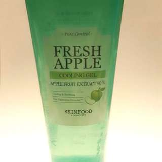 SKINFOOD Fresh Apple Cooling Gel 90 (250ml)